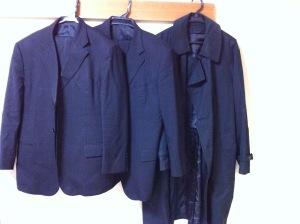 夫のスーツ